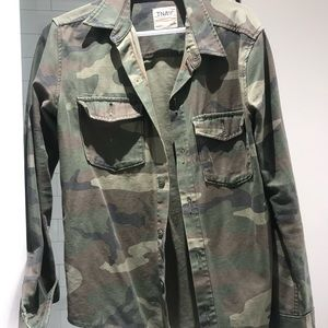 TNA Camo light jacket